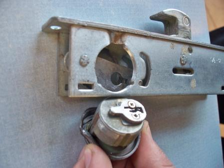 Mortise Cylinders V S Rim Cylinders Ironsandladders Com